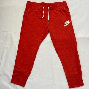 Red Nike Cotton Sweatpants / Joggers ⅞ Length